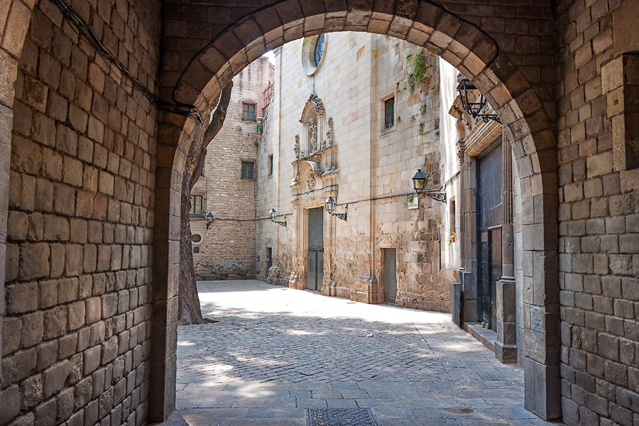 Barcelona Panoramic Tour: Gothic Quarter
