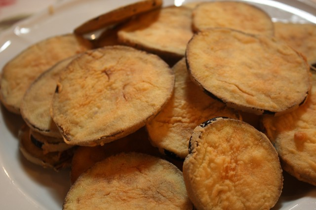 Fried eggplant with molasses