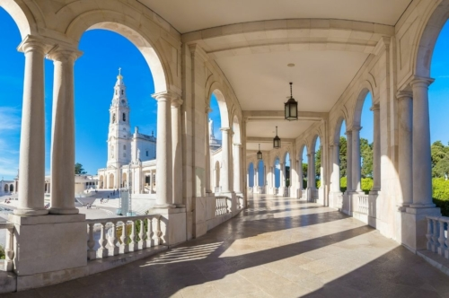 Fatima Day Trip from Lisbon: Sanctuary