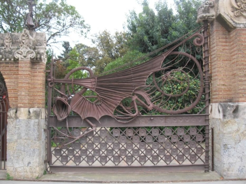 Barcelona Guell Gaudi Gate Pedralbes Tour